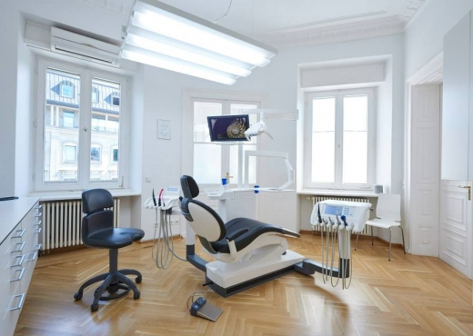 Palti Dentalzentrum 04