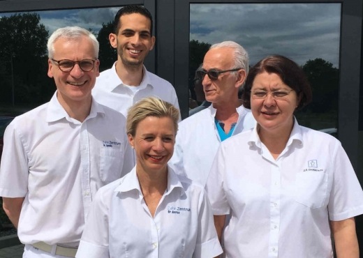 Dentaclinic   Zahnzentrum Team