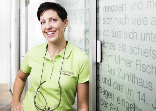 Dr  Eichhorn Zahnmedizin 71A5741