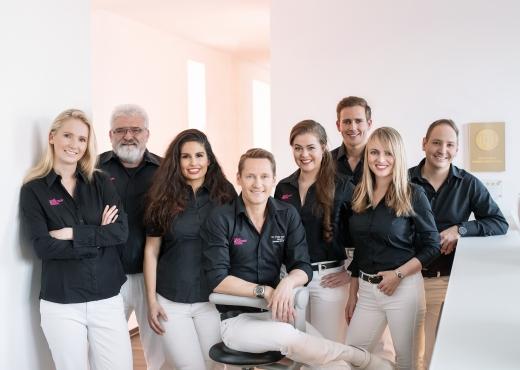 Dr Peter Bongard Zahnzentrum Moers 01