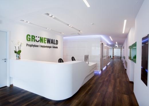 Dr  Grunewald 01