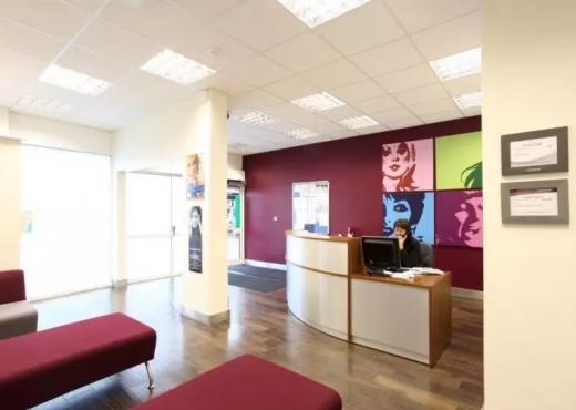 Queensway Dental Clinic 03