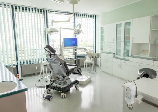 Zahnarzt Michael Roehner04