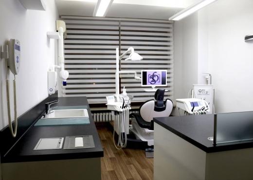 Zahnarztpraxis Saga Dent 04